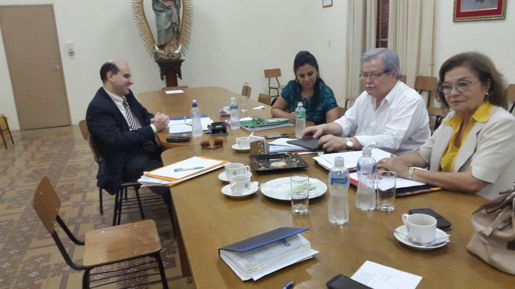 Consejo Ejecutivo del CONES en sesión.