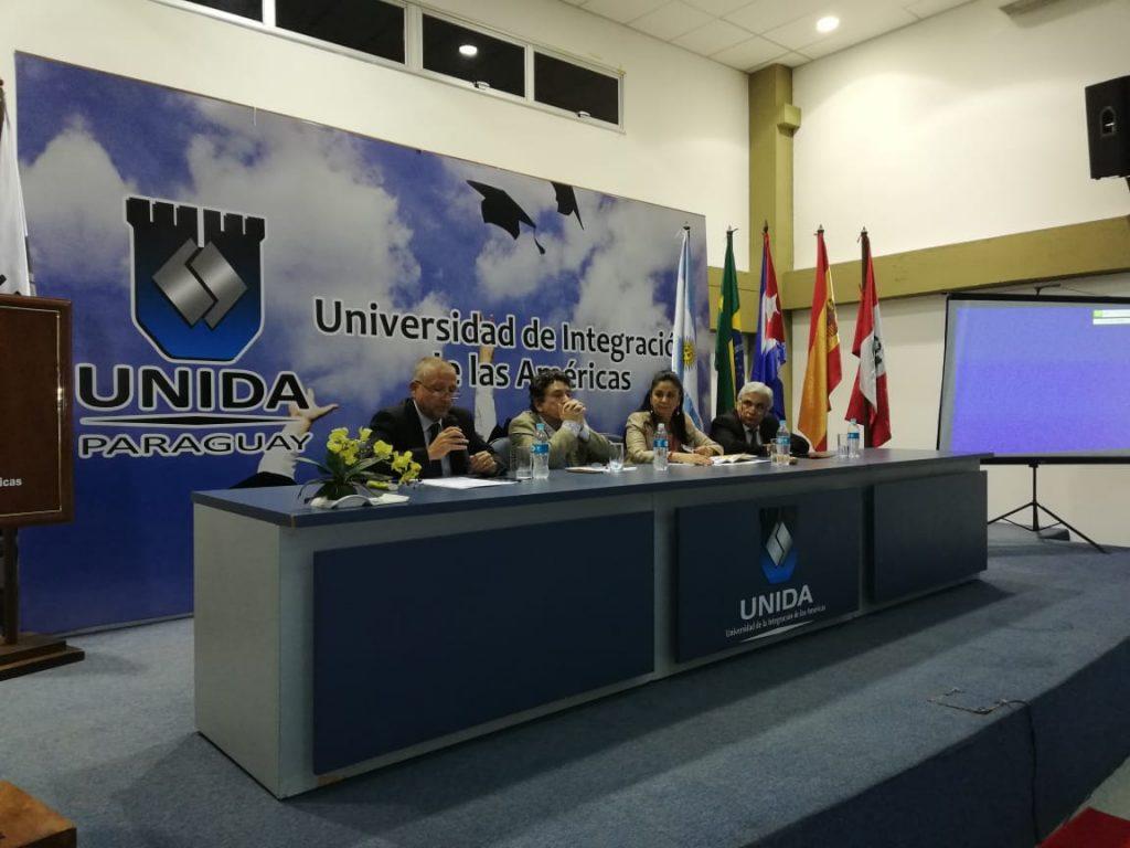 conferencia en unida